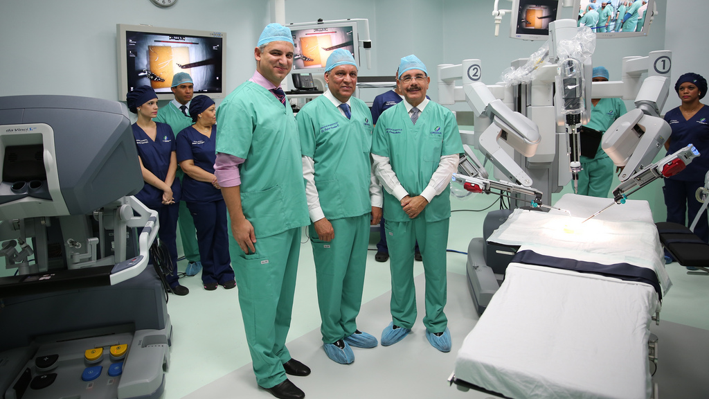 Robotic Surgery at HOMS HOspital Santiago
